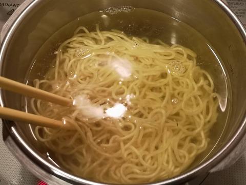 鶏醤油ラーメン (10)