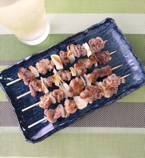 スパイシー牛串焼き (1)