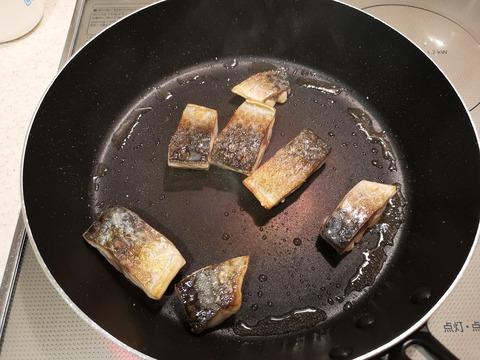 鯖とセロリのさっぱり炒め (4)