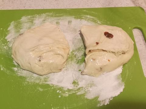 ドライトマトのパン (10)