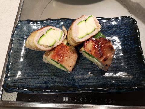 豚肉のズッキーニ巻き (7)