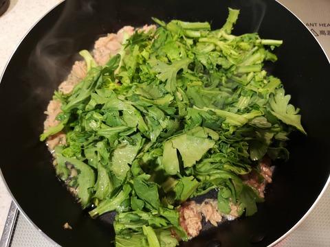 春菊とツナの甘辛炒め (4)