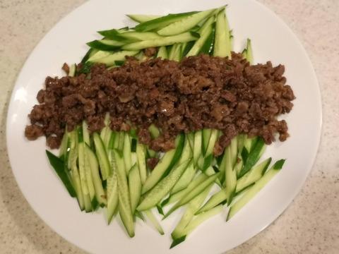 味噌牛肉ときゅうりのサラダ (8)