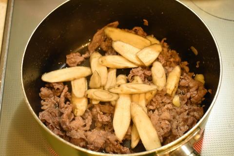 味噌にんにく牛ごぼう (4)