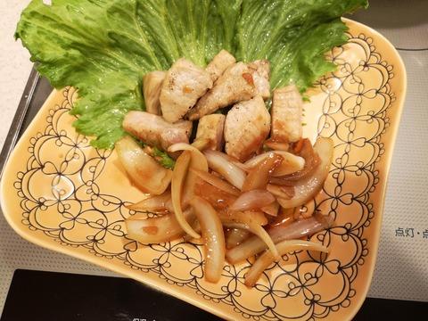 豚もも肉のサイコロステーキ (8)