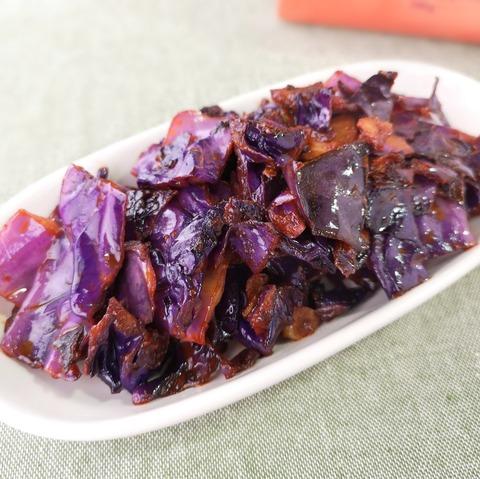 紫キャベツのケチャップ炒め (1)