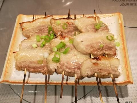 豚バラ肉の串焼き (8)