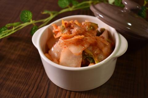 白菜漬け物のピリ辛和え (1)