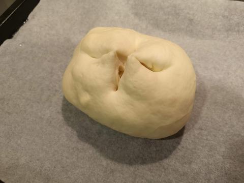 たっぷりチーズパン (15)