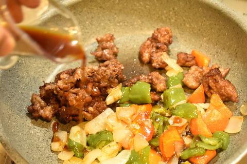 牛肉と揚げ野菜のオイスターソース炒め (10)