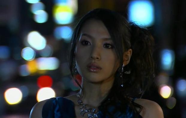 青いドレス芦名星