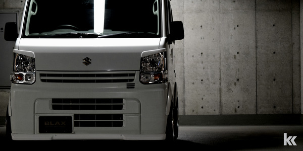 BLAX DA17V Every Van Body Kit Detail