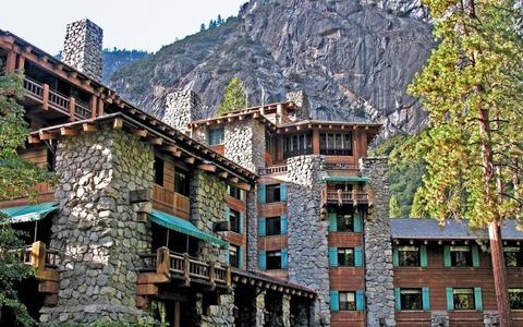 2016-7-Escape-Ahwahnee-The-Majestic-Yosemite-Hotel-WB