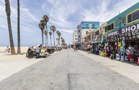 bigstock-LOS-ANGELES-CALIFORNIA-June-67456147-Large-650x420