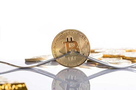 bitcoinIMGL0909_TP_V