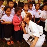 ラオスの子どもたちに小学校を贈り、人生を切り拓く武器を贈ろう\(^o^)/