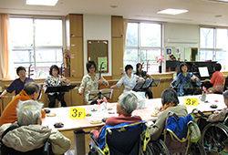 老人ホーム ボランティア演奏 68