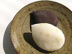 和と洋が美味しく融合した菓子「つるのこもち」