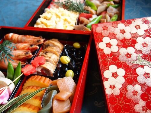 「おせち買うぐらいなら寿司買った方がいいでしょw」←最近こういう日本人が増えた