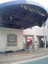 横浜ベイサイドマリーナのステージ