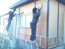 外壁貼り作業