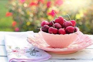 cherries-2402449_1280
