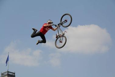 bike-1358753_1920