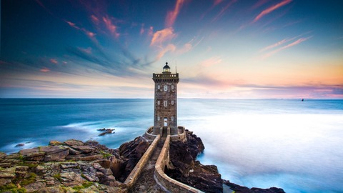 coastline_lighthouse_blue_hour_4k_5k-1280x720