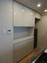 食器棚と壁面収納をお届けしました!