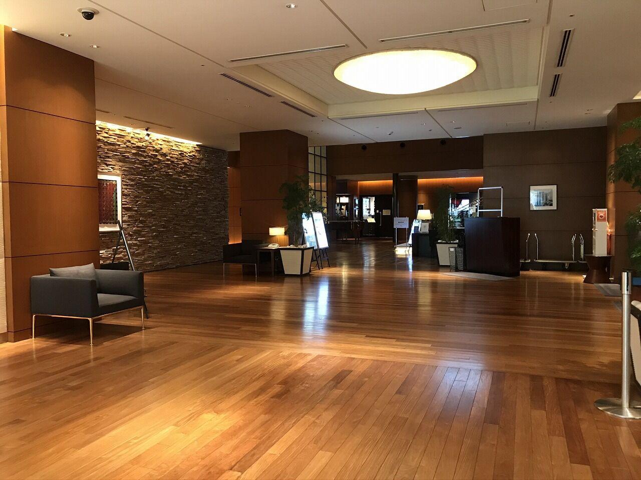 ポムダダン 丸の内 ホテル