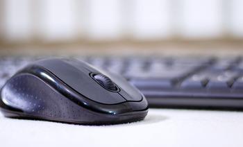 パソコン周辺機器ロジテック、7─9月売上高は75%増 純利益も急増【日本ではロジクール】