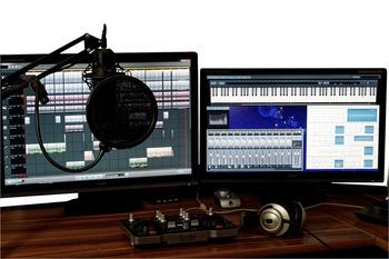 studio-1004158_1280