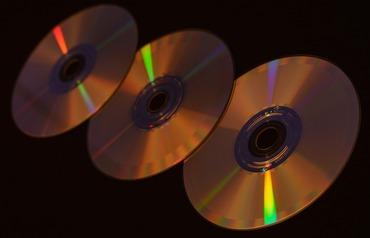 cd-1912161_1280