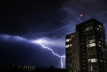 thunder-1645378_1280