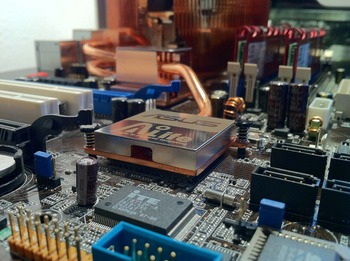 motherboard-232515_1280