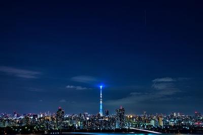 東京スカイツリーと国際宇宙ステーション(ISS)