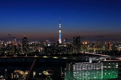 トワイライトタイムの東京スカイツリー夜景「粋」