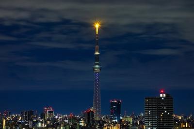 深夜の東京スカイツリー シトリン
