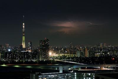 東京スカイツリー夜景「明花」と遠くの雷