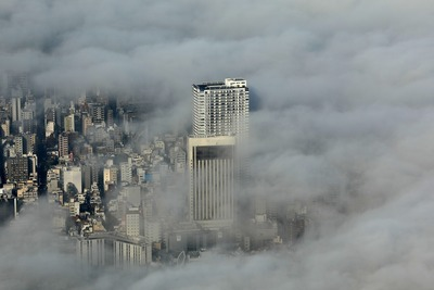 雲海と浅草タワーと浅草ビューホテル