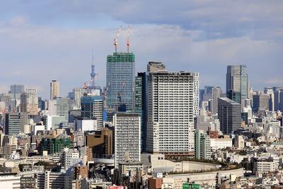 キャロットタワーから見た東京スカイツリー