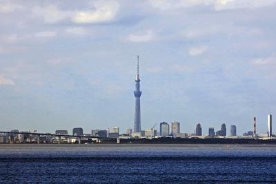 海ほたるから見た東京スカイツリー