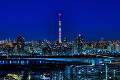 東京スカイツリーの試験点灯