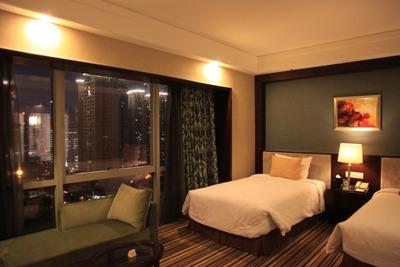 「礼頓酒店」の客室内