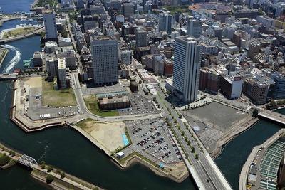 横浜ランドマークタワーから南側の眺め