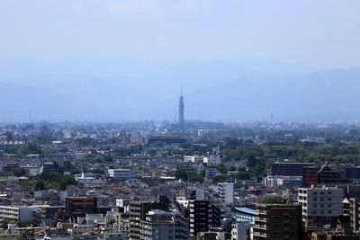 練馬区役所から見たスカイタワー西東京
