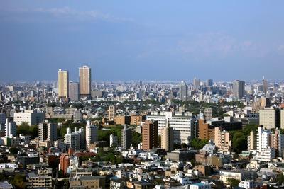 文京シビックセンターから日暮里方面の眺め