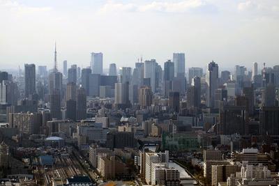 荒川上空から見た東京の超高層ビル群
