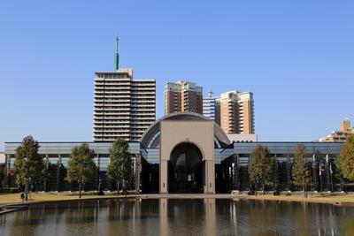 福岡市博物館とグランドメゾン百道浜オーシャン&フォレスト