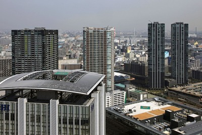パークシティ豊洲から見た豊洲のタワーマンション群